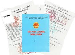 Trưởng văn phòng đại diện vẫn phải xin giấy phép lao động.